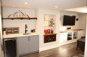 ccr-whitby-basement-renovations-fully-completed-family-room-and-mini-bar